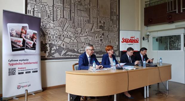 """Elżbieta Rafalska przedstawiła """"S"""" propozycje rządu na przyszły rok"""