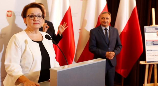 Anna Zalewska pisze do nauczycieli: Nowy system oceny pracy bardziej przejrzysty i obiektywny