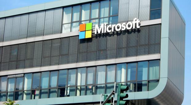 Nowa polityka urlopowa Microsoftu: Zyskają rodzice, co na to podwykonawcy?