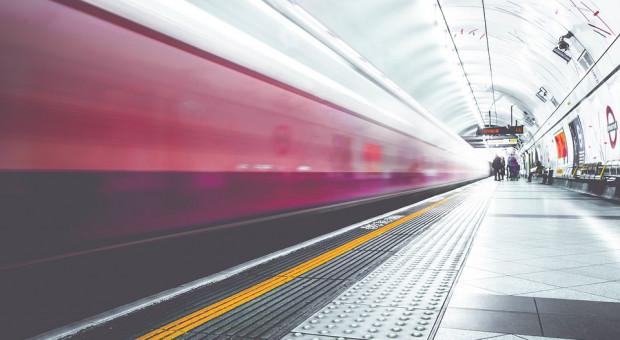 Dojazd do pracy powinien być wliczony do czasu pracy?