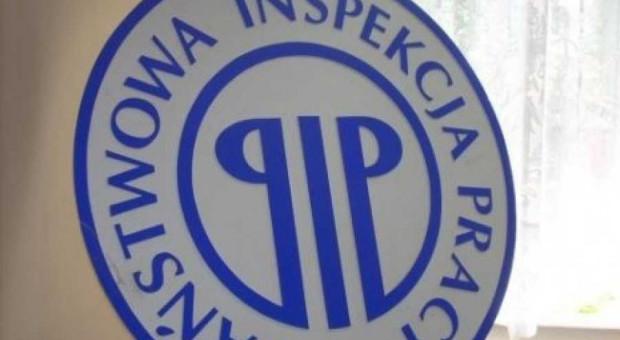 PIP ustaliła okoliczności niekontrolowanego upadku windy z pracownikiem