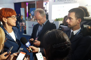 Minister Rafalska: Matczyna emerytura nie będzie marzeniem każdej kobiety