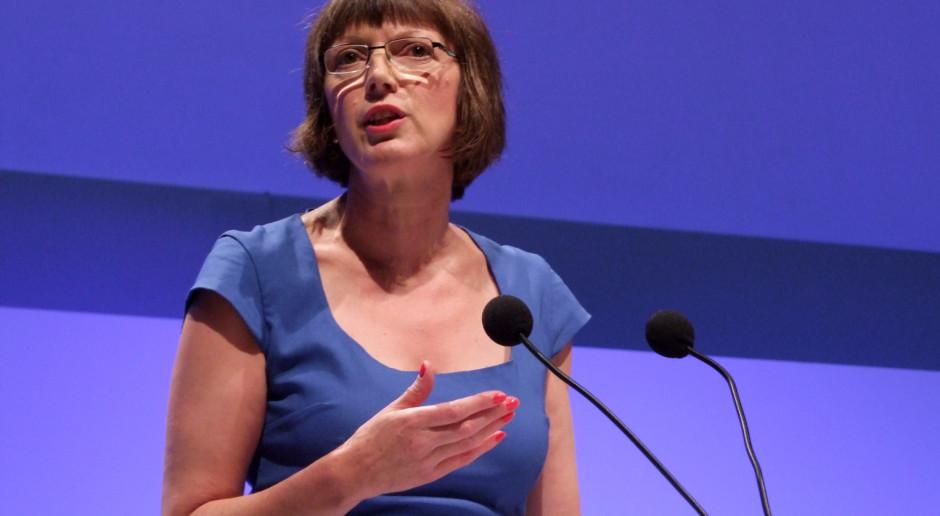 Frances O'Grady w 2013 r. na zjeździe brytyjskich związków zaowdowych (fot. wikipedia.org/CC BY-SA 4.0)