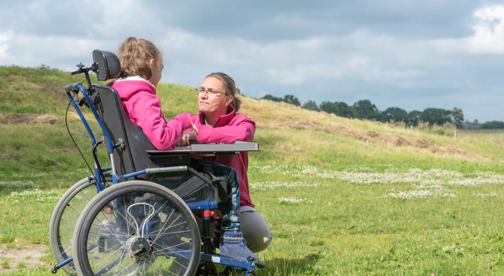 Pracowały i wychowywały niepełnosprawne dzieci. Teraz tracą 575 zł