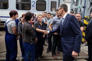Morawiecki spotkał się z pracownikami Zakładu Usług Taborowych Remtrak