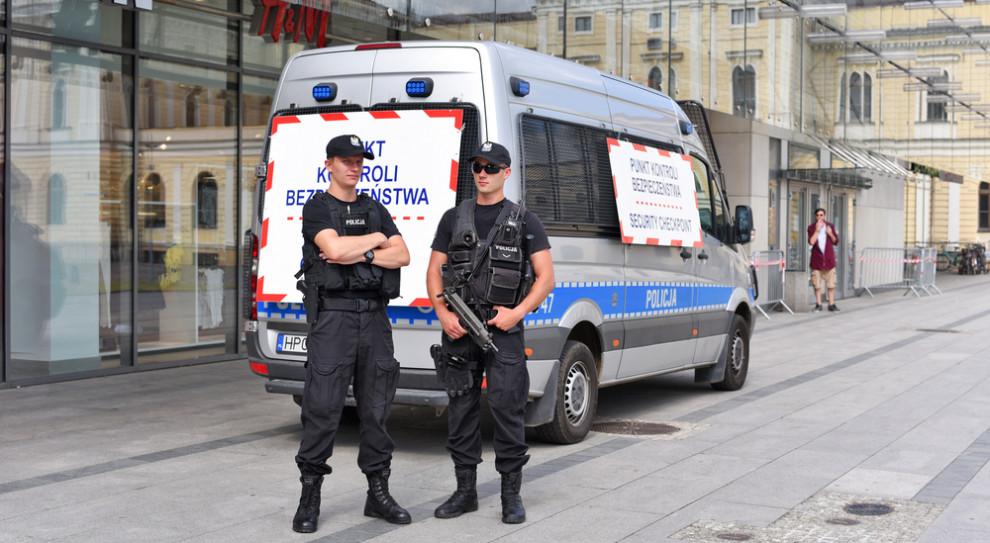 """""""Chrabąszcz-50"""" zgruchotał mu kości. Policjanci nie wiedzieli, jak strzelać"""