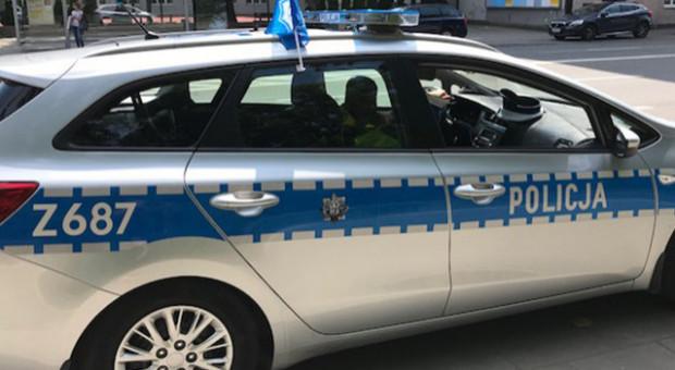 Zatrzymany komendant policji w Nadarzynie; miał nielegalnie produkować papierosy