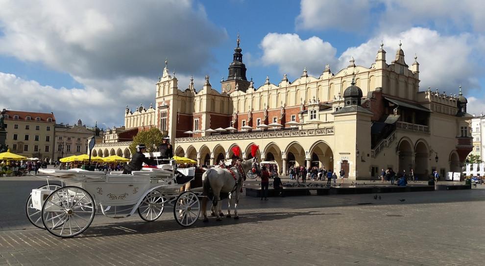 W Krakowie gastronomia nie działa w 100 proc.