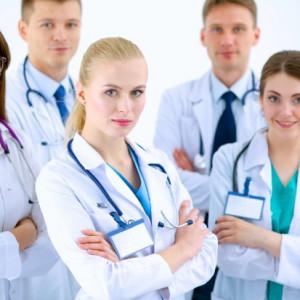 Rezydenci ratunkiem dla szpitali powiatowych? Są przymiarki do zmiany prawa