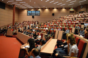 Nowy rok akademicki na Uniwersytecie Ekonomicznym w Katowicach: zmiany w strukturze uczelni, nowe kierunki