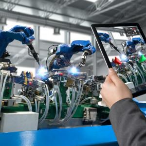 Przemysł 4.0 potrzebuje ludzi, ale z odpowiednim wykształceniem