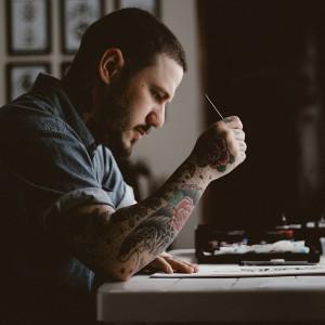 Tatuaże zmniejszają szansę na zatrudnienie? Zaskakujące wyniki badań