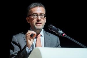 100 mld euro w 7 lat na rozwój nauki. Komisarz UE o nowym programie dla Europy