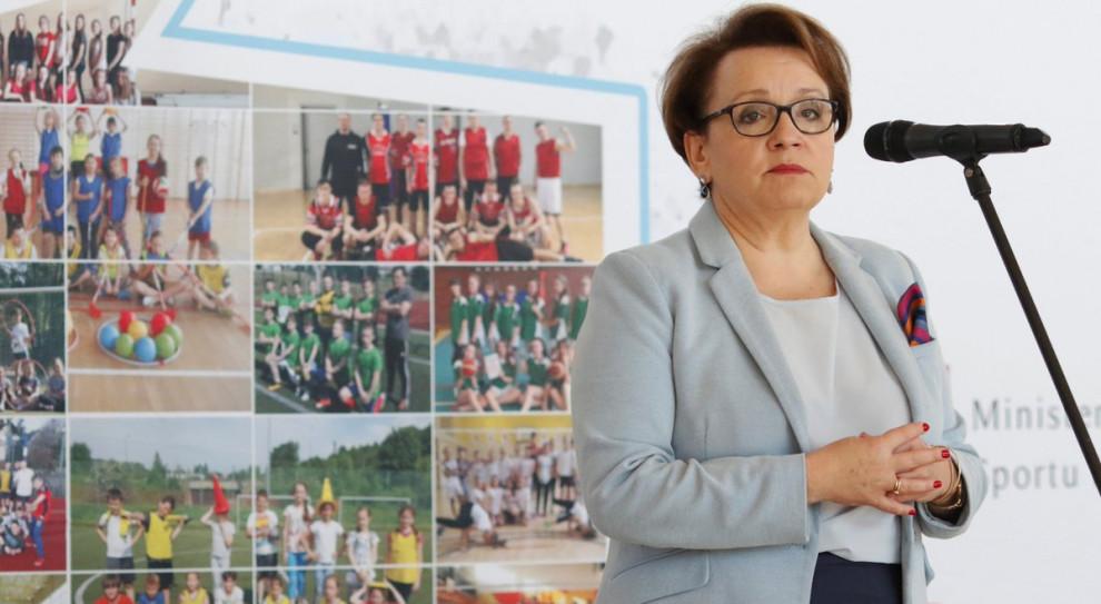 Anna Zalewska: Projekt zmian w prawie oświatowym odpowiada potrzebom pracodawców