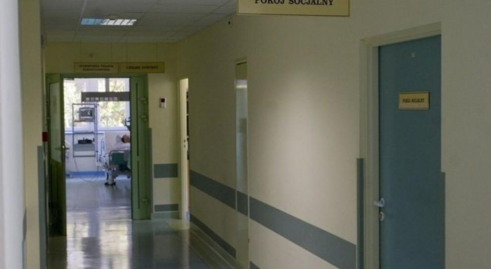 Szpital w Ostrołęce szuka lekarzy. Chętnych brak