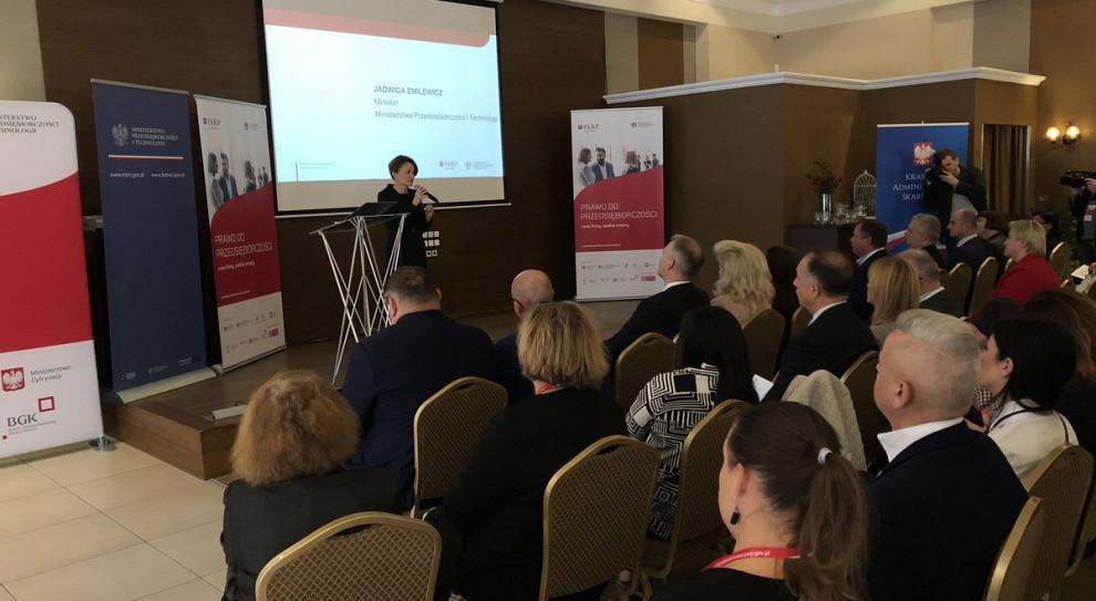 Jadwiga Emilewicz o Konstytucji Biznesu: Co nie jest zakazane prawem, jest dozwolone