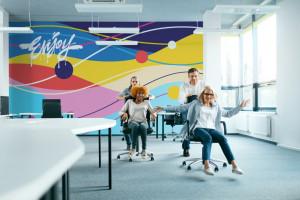 Dobrze zaprojektowane biuro poprawia samopoczucie i zachęca do pracy