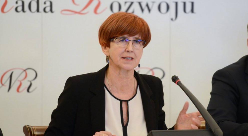 Elżbieta Rafalska zwróciła się do PIP o skontrolowanie agencji pracy tymczasowej Axidus