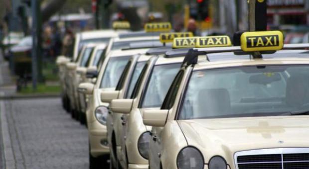 Taksówkarze skarżą się na nieuczciwą konkurencję i zapowiadają protest