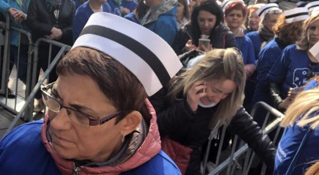 Protestujące pielęgniarki z Przemyśla nie zostały wpuszczone do Sejmu