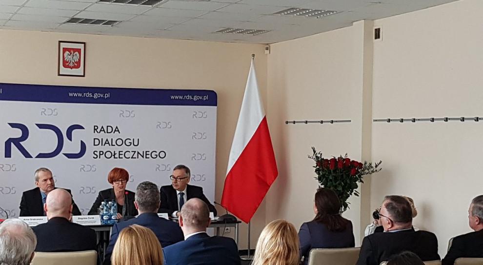 Związki i pracodawcy o działalność rad dialogu społecznego w Polsce