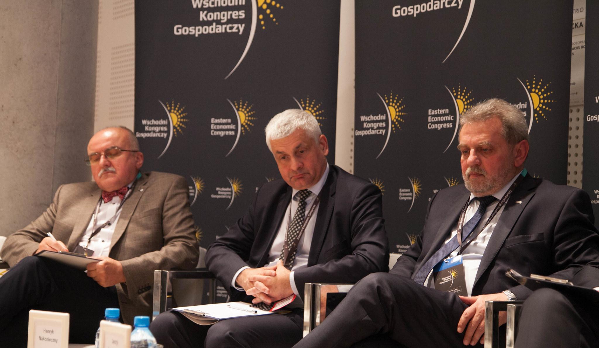 Od lewej: Waldemar Pędziński, Bohdan Paszkowski i Henryk Nakonieczny (fot. AR / PTWP)