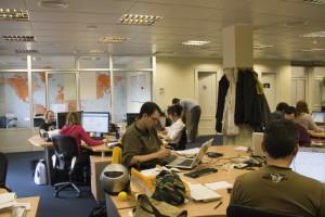 Zwiększają efektywność pracowników i zatrzymują tych najlepszych. Jak to robią?