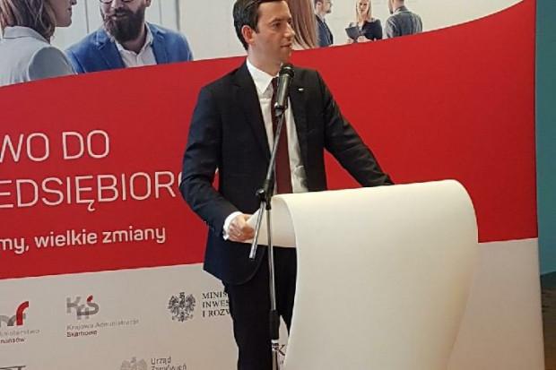Wiceminister przedsiębiorczości i technologii Marcin Ociepa (fot.twitter)