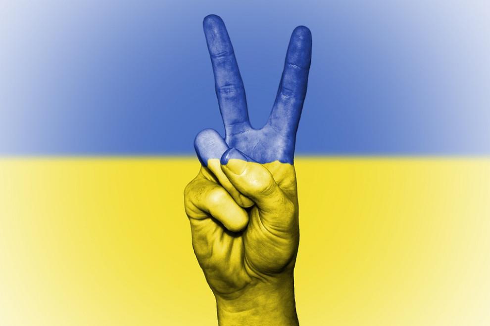 Zbulwersowała mnie ta sprawa. Jak tak można się zachowywać wobec innej osoby! - mówi o sprawie przedsiębiorcy, który nie udzielił pomocy pracującej u niego nielegalnie Ukraince. Kobieta dostawała wylewu, a ten zostawił ją na przystanku autobusowym (fot. Shutterstock)