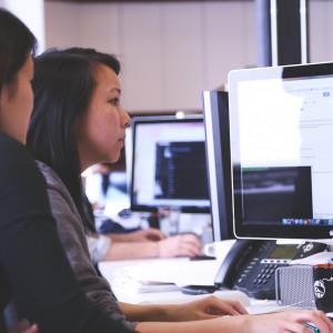 Do 2020 r. niedobór pracowników IT może przekroczyć milion osób. Pomogą kobiety?