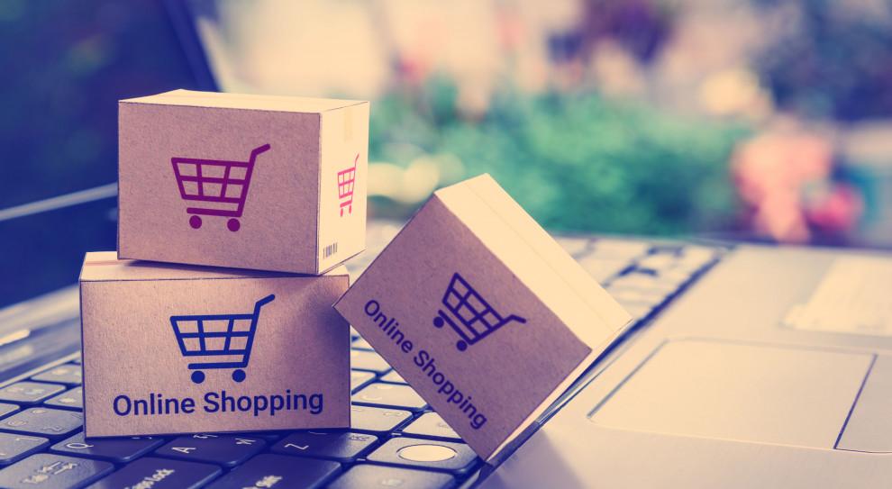 Handel w internecie kwitnie. Trend ten napędza sztuczna inteligencja i analiza big data