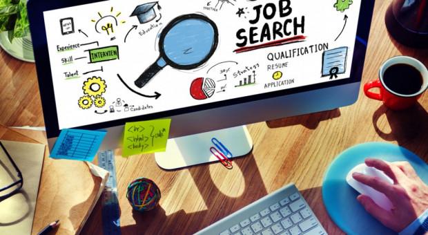 Kandydaci mało aktywni, a jak szukają pracy, to tylko w sieci. To wyzwanie dla pracodawców