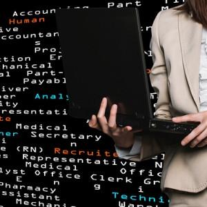 Praca szuka kobiet, ale czy one szukają takiej pracy?