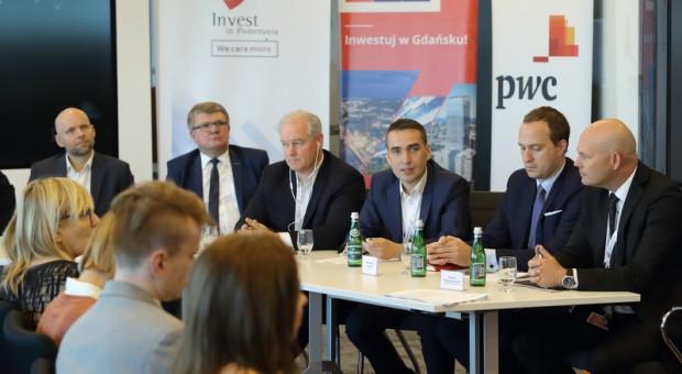 PwC zatrudni 300 ekspertów finansowych