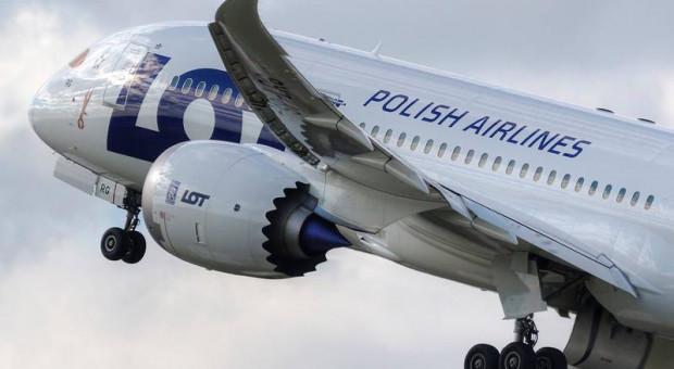 LOT: mimo zawieszenia strajku przewoźnik odwołuje kolejne loty