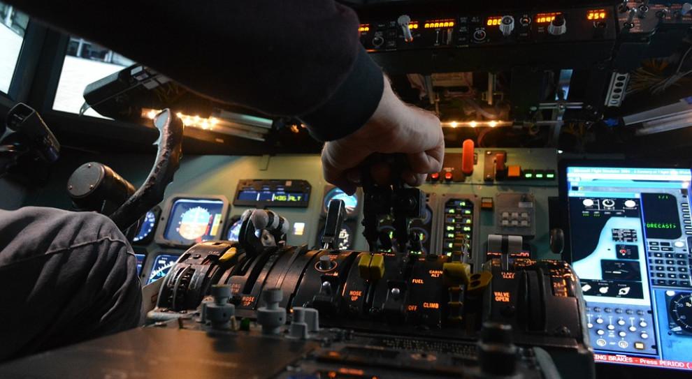Uczelnie dostaną dodatkowe pieniądze na szkolenie pilotów