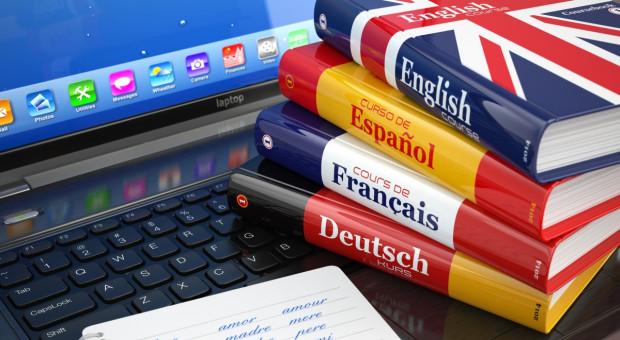 Polacy wiedzą, że języki obce dadzą im dobrą płacę, ale nie zamierzają się ich uczyć