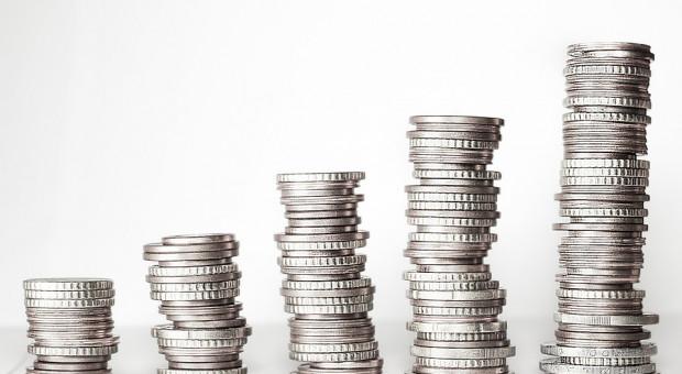 Przeciętne wynagrodzenie wzrosło o 7,6 proc. Obecnie wynosi ponad 4,5 tys. zł