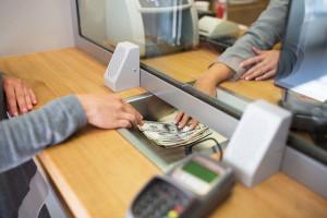 Będzie zakaz obejmowania kierowniczych stanowisk w bankach dla byłych urzędników KNF?