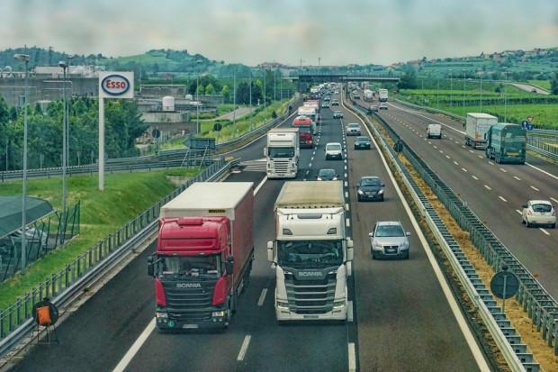 Francja: wsparcie dla najuboższych kierowców