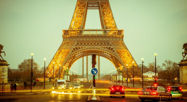 Dojazdy do pracy uderzą po kieszeni Francuzów. Mieszkańcy na ulicach
