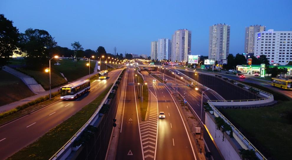 Rynek pracy na Śląsku. Pensje rosną, a miejsc pracy przybywa