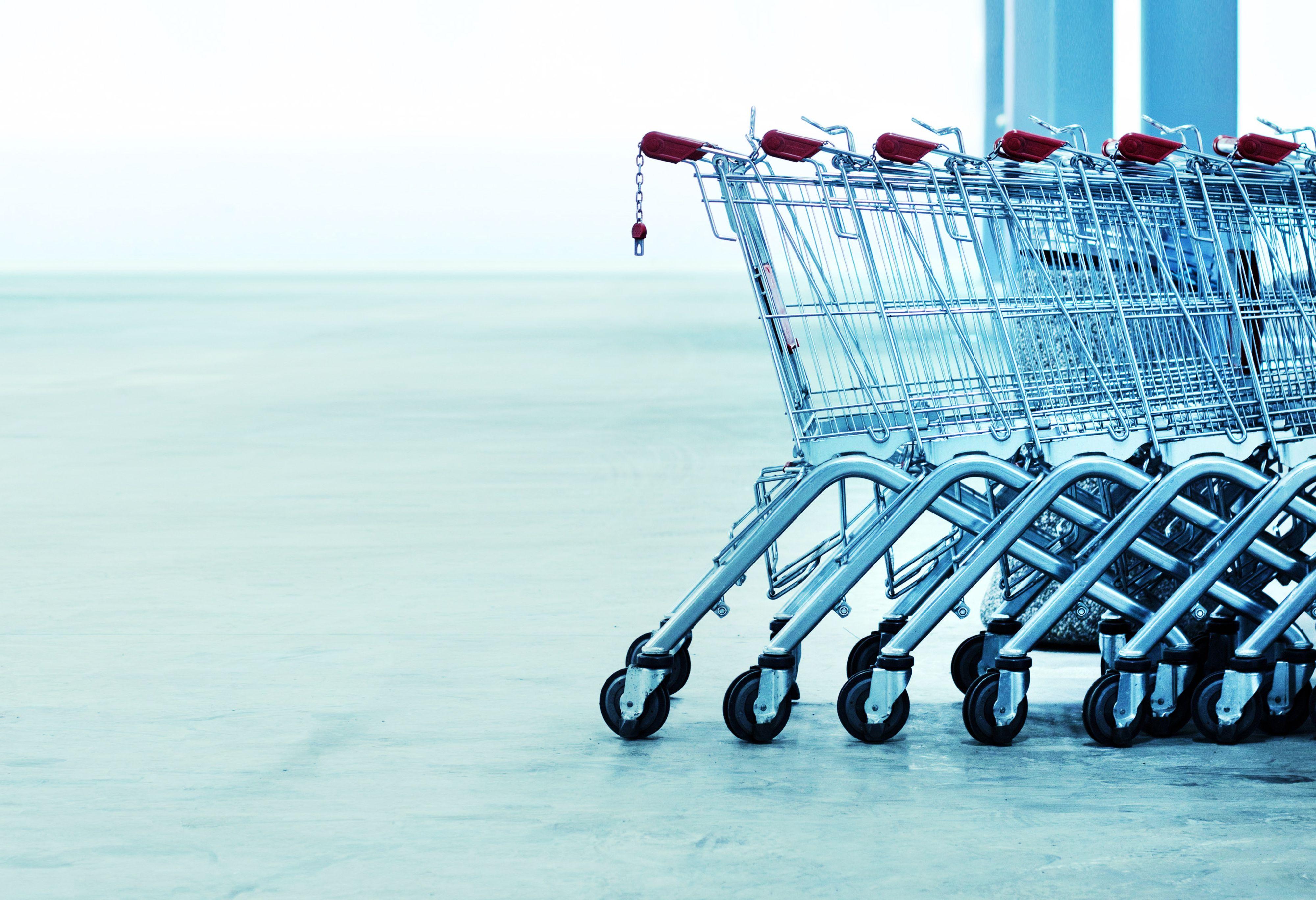 ZPP apeluje o wprowadzenie obowiązku zagwarantowania każdemu pracownikowi przynajmniej dwóch wolnych niedziel w miesiącu. (Fot. Shutterstock)