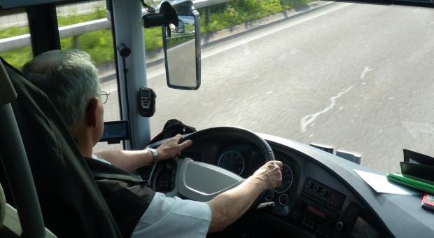 Kierowcy autobusów też biorą L4. Trwa protest we Włocławku