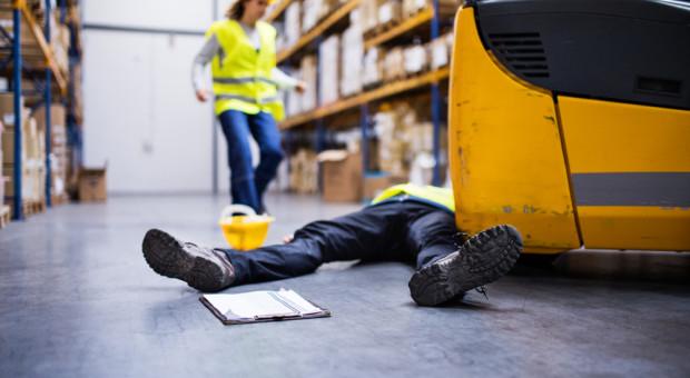 Raport Państwowej Inspekcji Pracy. Spada liczba śmiertelnych wypadków, rośnie ciężko poszkodowanych