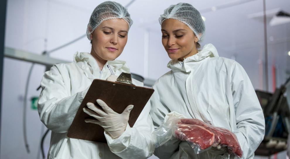 Koronawirus w zakładach mięsnych. Właściciele nie czują się winni
