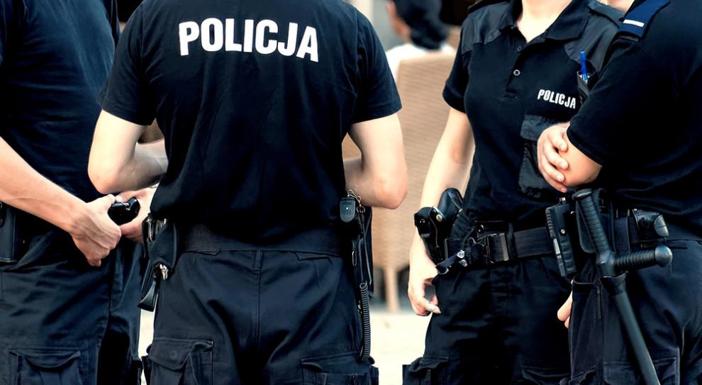Wyższa Szkoła Policji o zwolnionym wykładowcy: nabrał prawo do emerytury