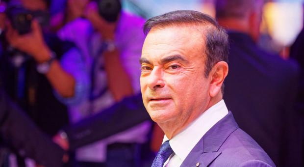 Prezes Nissana posiedzi dłużej w areszcie
