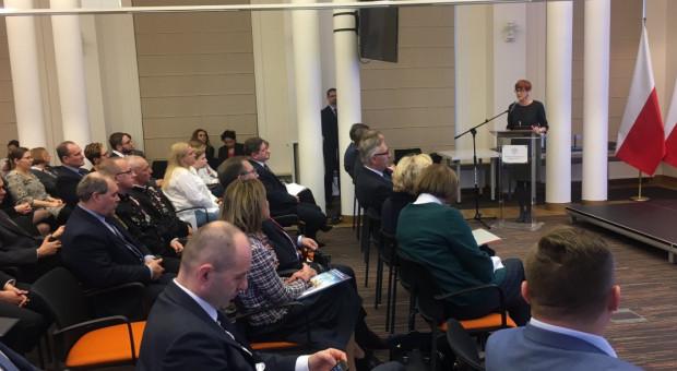 Minister Rafalska: wzrasta świadomość znaczenia bezpieczeństwa i ochrony pracy
