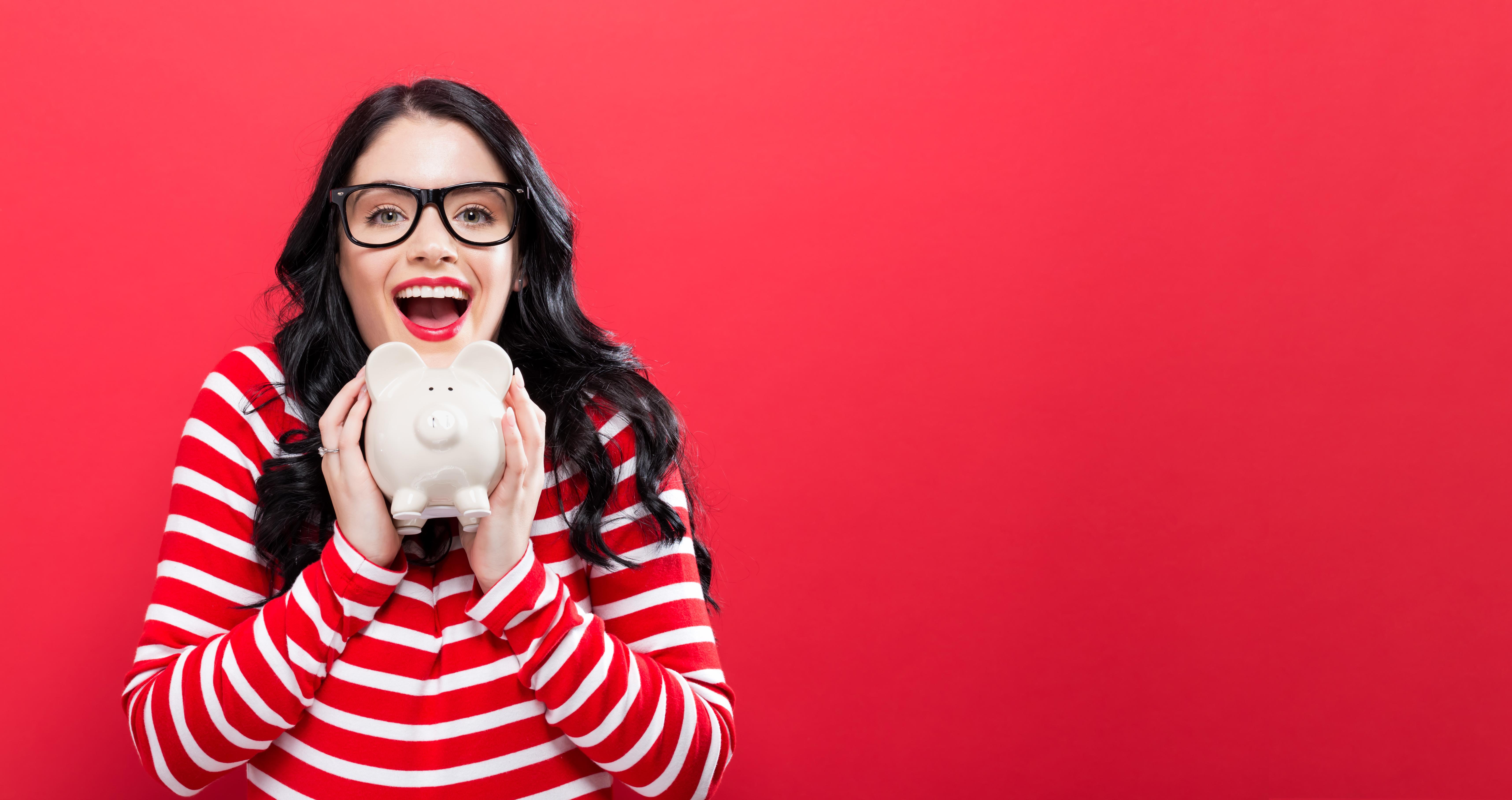 Polacy chcę więcej zarabiać. (Fot. Shutterstock)